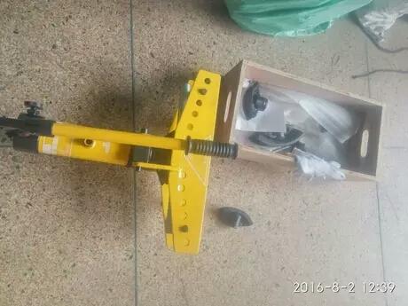 圆管手动弯管机 小型液压直角顶弯机不贵还牛气高清图片 高清大图图片